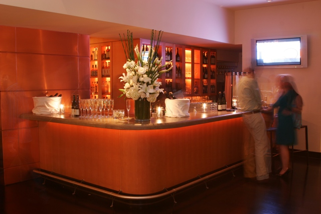 pr party wine room